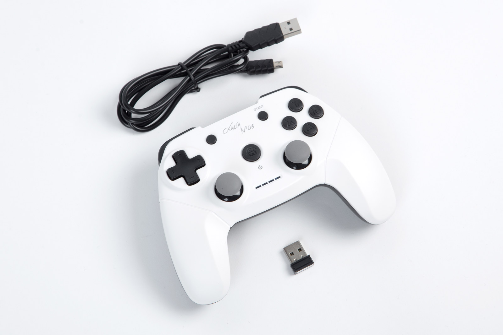 Controller Lucia N°03